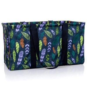 thirty-one Bags - ThirtyOne Gifts Falling Feather Large Utility Tote